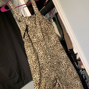 Leopard jumper size large brand new